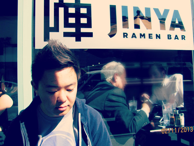 Jinya Ramen Bar- Outdoor Seating
