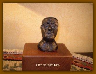 MOAI /  de Pedro Luso