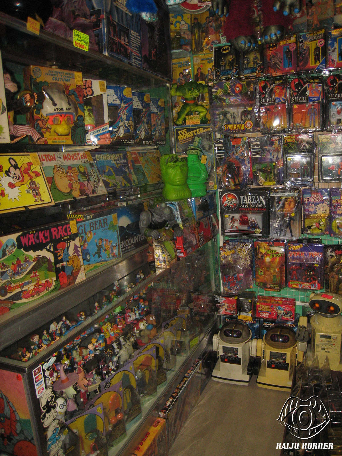 Toys From The 2000s : Kaiju korner collectable toys store visit