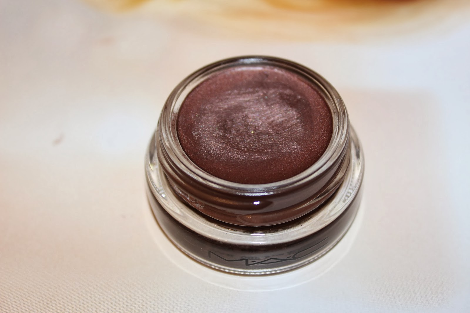 Mac pro longwear paint pot in constructivist mybeautysleuth for Mac pro longwear paint pot painterly
