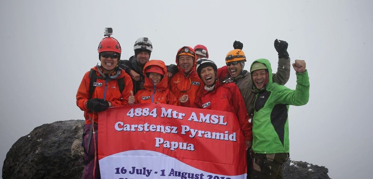 carstensz peak 2014