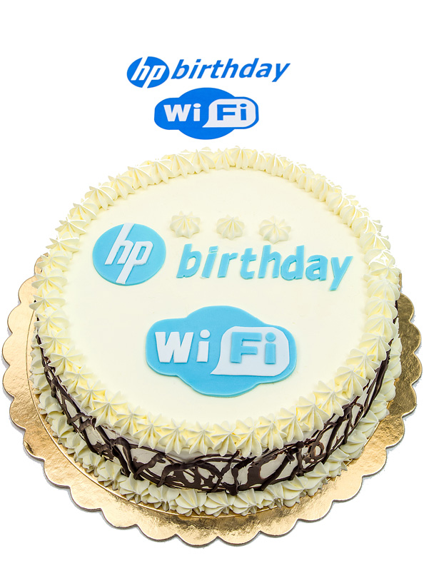 Happy bithday cake HP WI-FI with sign on top