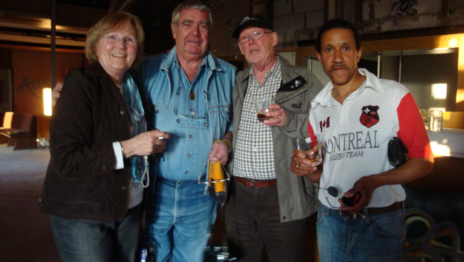 A-Schnitzel-and-a-glass-of wine: March 2011