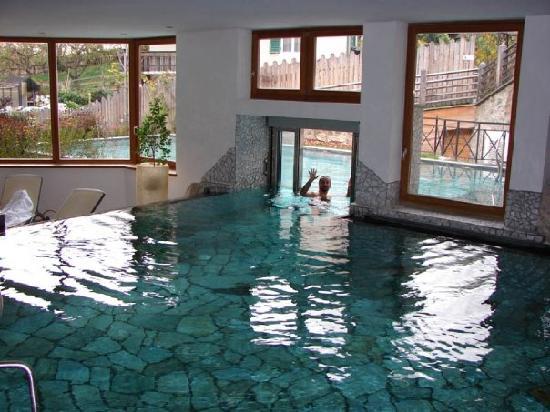 Albergo dufour macugnaga piscina gratis per chi soggiorna da noi - Hotel corvara con piscina interna ...
