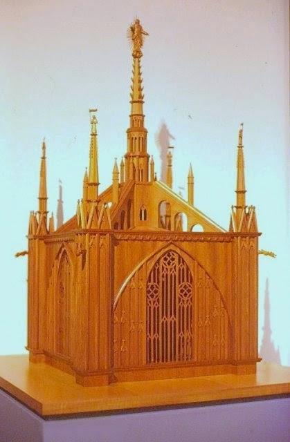Duomo, simbolo di Milano. Un racconto affascinate. Parte I - l'esterno