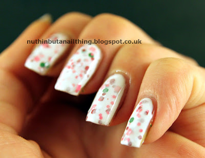 lush lacquer peppermint kisses swatch