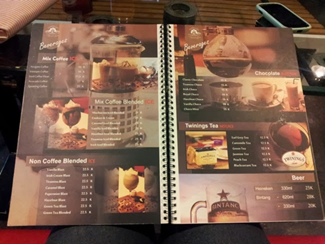 Kuliner jogja basecamp coffee and resto rina chabbymutz for Z kitchen jogja menu