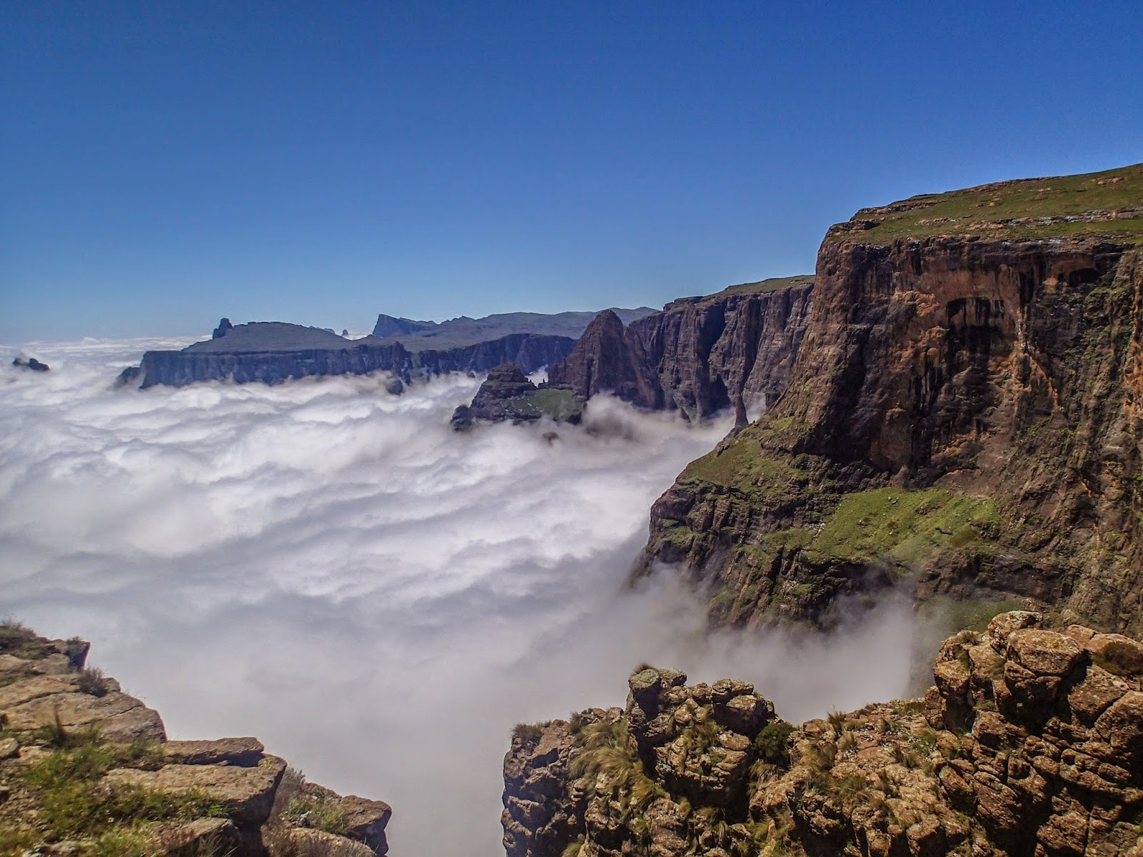 Knucklehead Adventure Tours Drakensberg Traverse A Trip