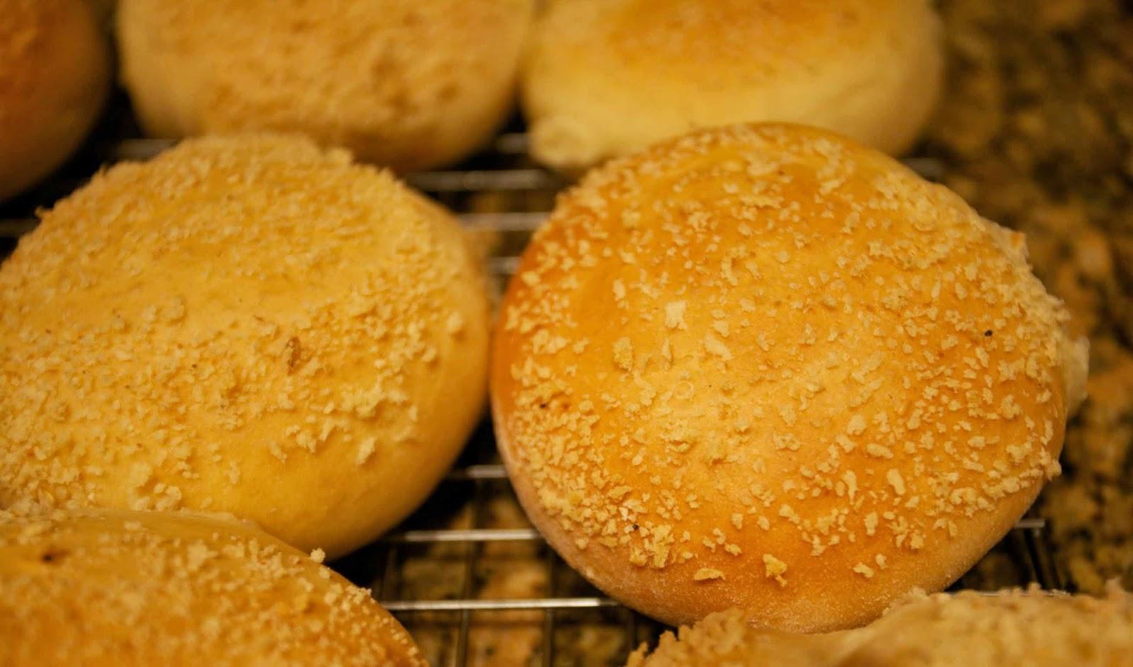 filipino pan de sal