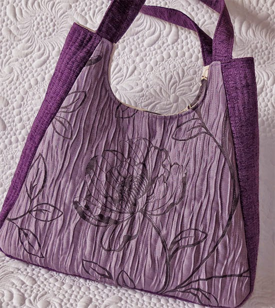 http://www.romanianquiltstudio.com/english/chantal-bag-pattern.htm