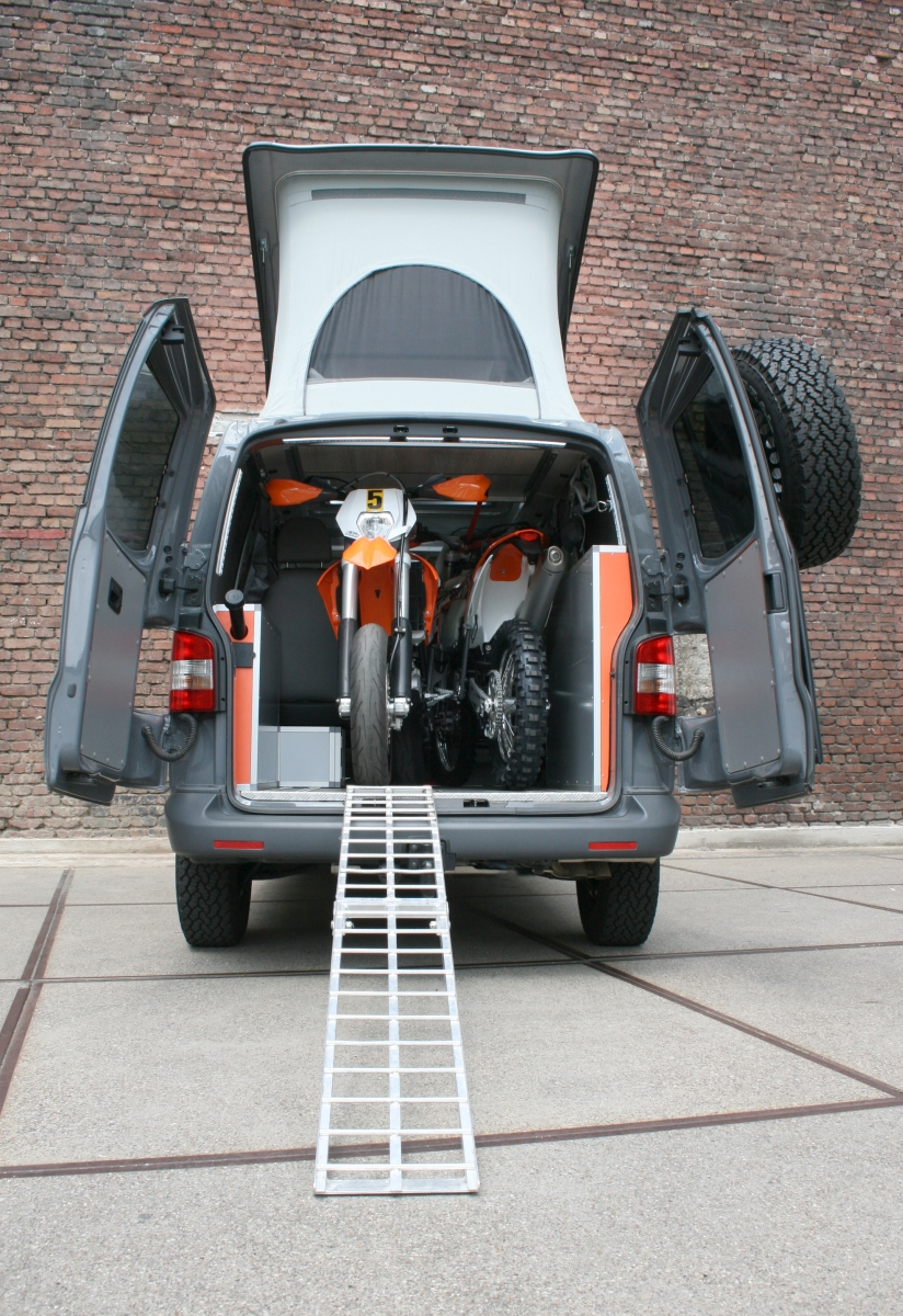 campingbus neuer terock f r biker. Black Bedroom Furniture Sets. Home Design Ideas