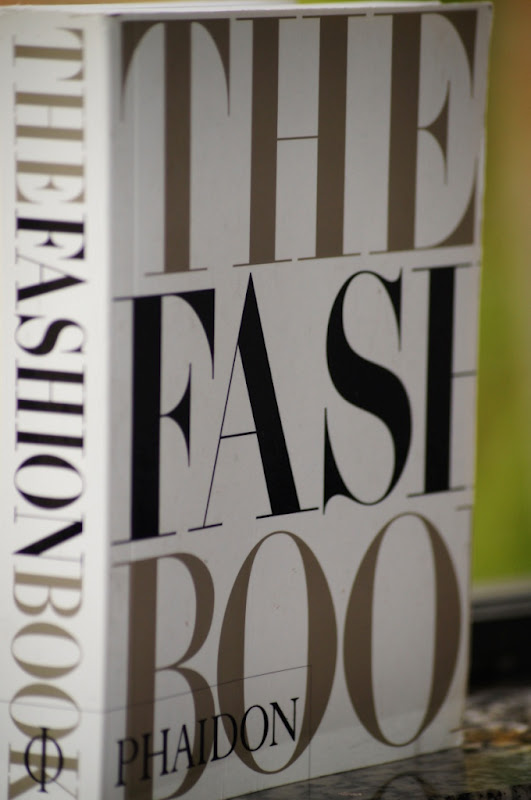 Bia Nicastro Leitura Din Mica The Fashion Book