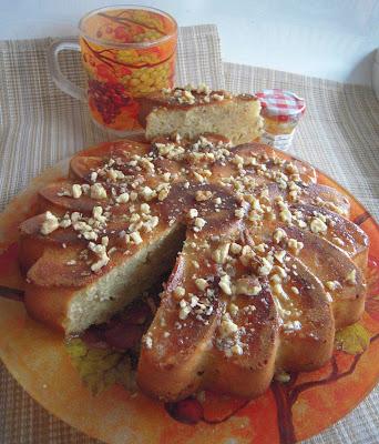 Банановый кекс с медом и грецкими орехами