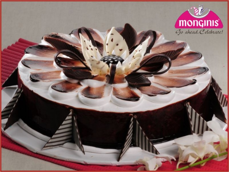 Cake With Photo Monginis : Get Free Cake From Monginis Cake Shop Order Now - Free ...