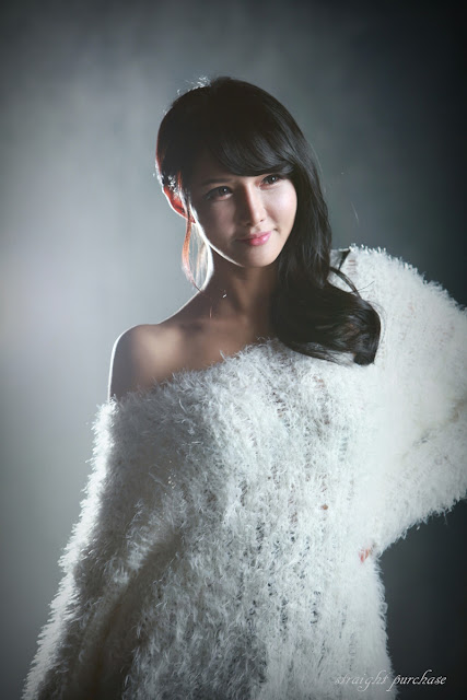 3 Cha Sun Hwa in Fluffy White-Very cute asian girl - girlcute4u.blogspot.com