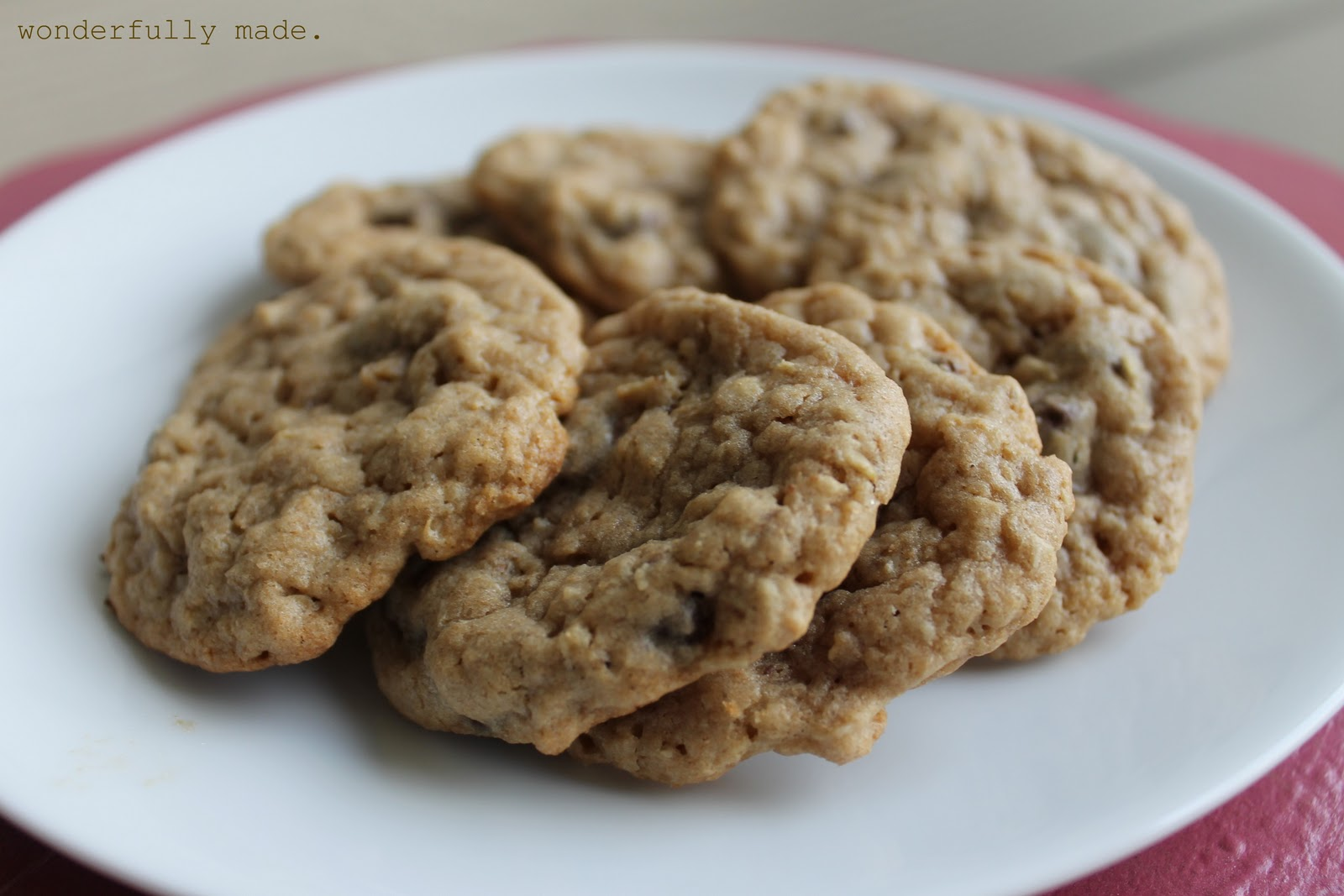 Wonderfully Made: Whole Wheat Oatmeal Chocolate Chip Cookies