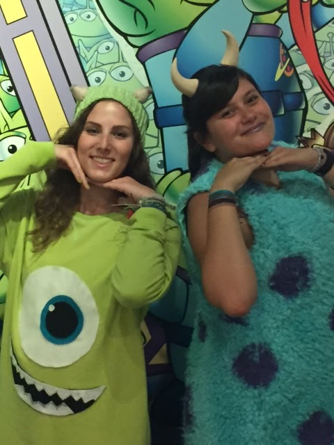 diy halloween costumes mike and sully