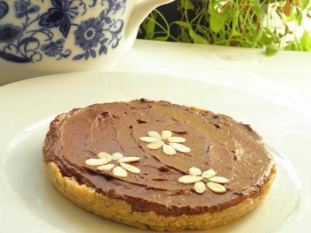 čokoládový nepečený dort bez lepku bez laktózy raw paleo