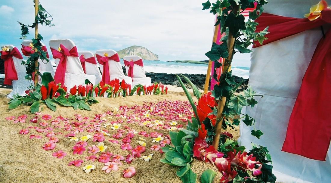 hawaiian wedding table decorations hawaiian wedding decorations