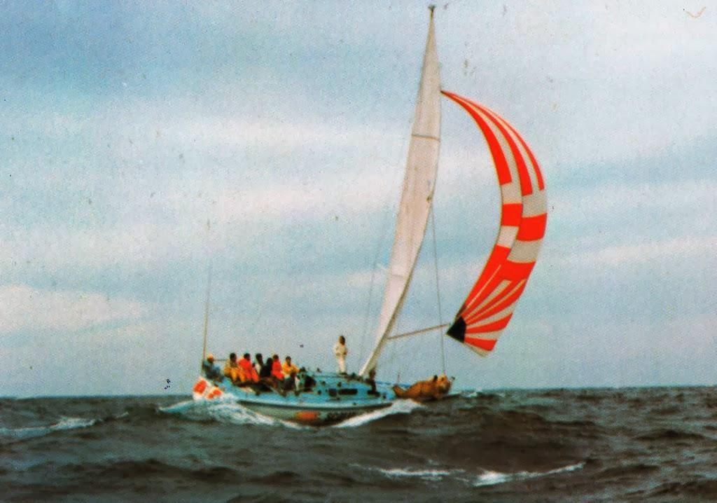 RB Sailing Smir Noff Agen Farr One Tonner
