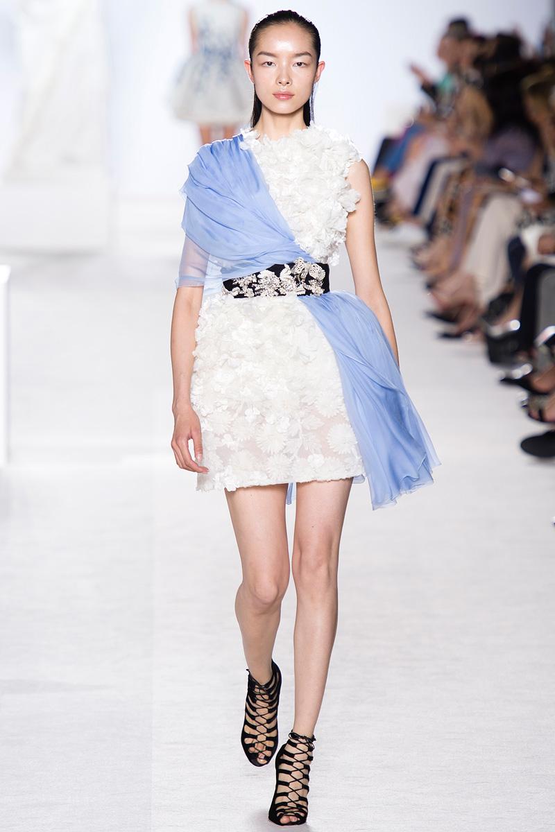 Giambattista, Valli, Giambattista Valli, Fall 2013, fashion show, runway, draped dress, tutu dress, flowers, beautiful, two for 1, fashion