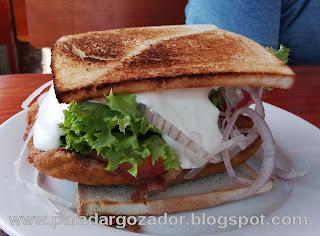 La Fuente Reina sandwich escalopa kaiser Doña Julia