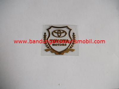 Emblem Alumunium Kotak Kecil Logo Mobil Toyota