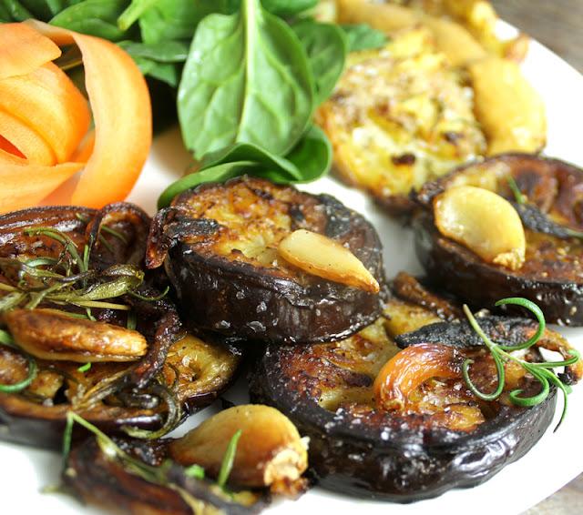Oppskrift Aubergine Auberginemedaljonger Kjøttfri Middag Vegetarbiff Medaljonger Vegansk Vegetarmat