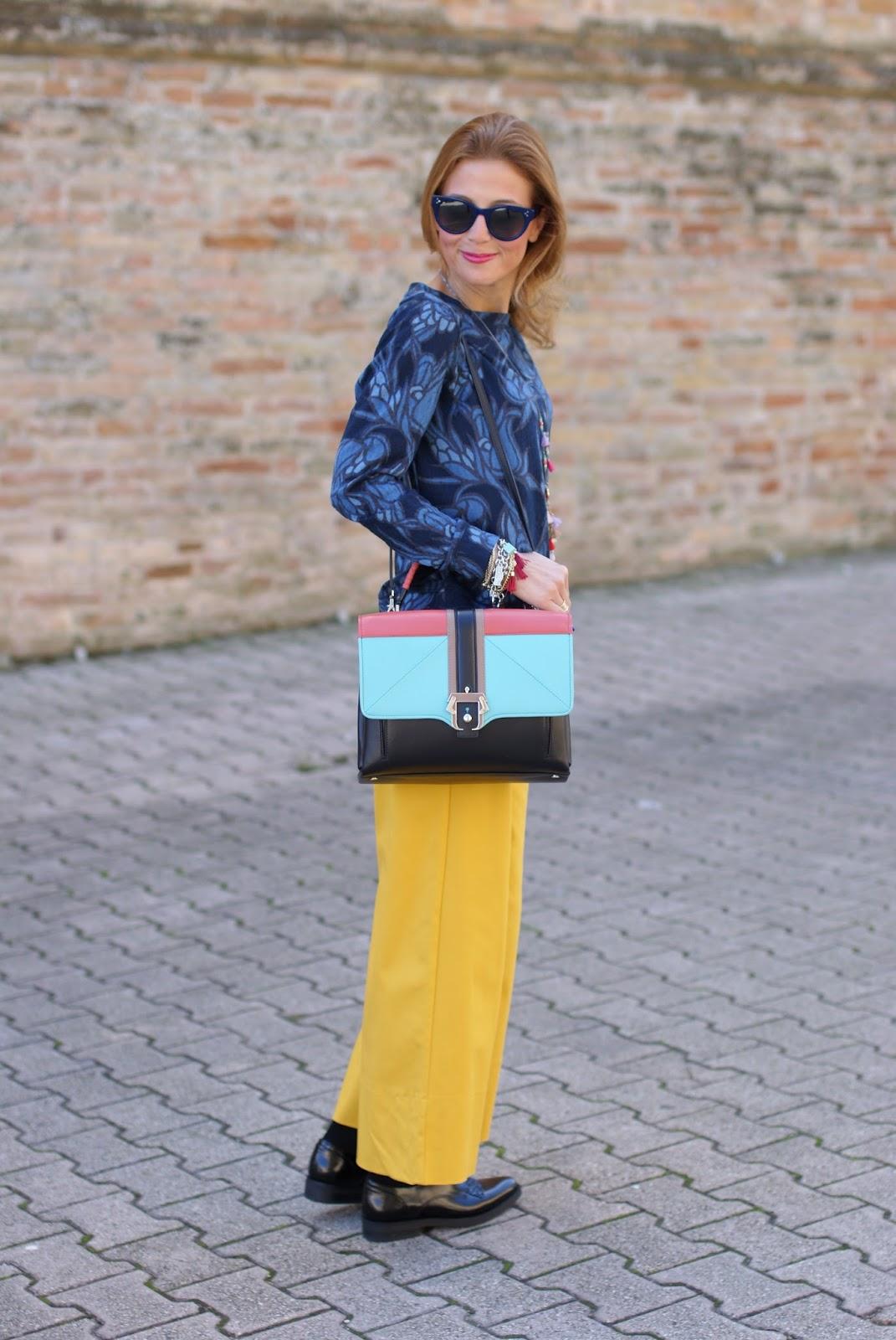 Paula Cademartori Faye handbag, yellow pants and Hype Glass on Fashion and Cookies fashion blog