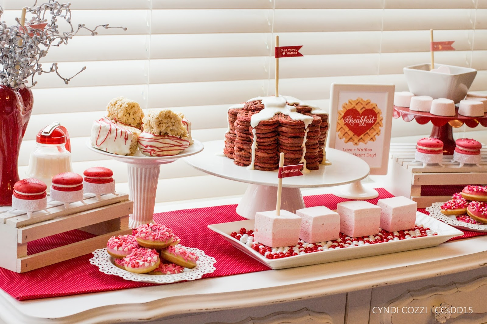 Valentine breakfast by 4Kids Cakes