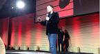 Tesla troca bateria em 90 segundos
