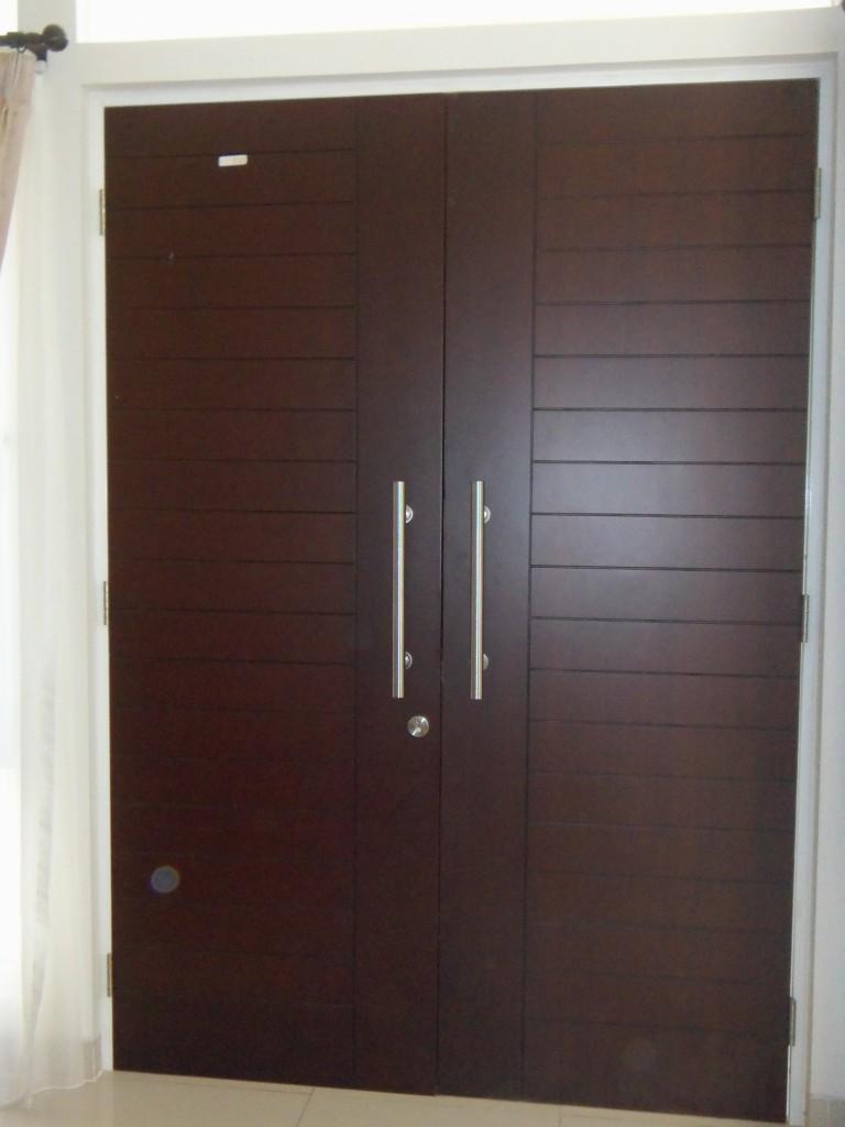 ... ini mari kita lihat beberapa Desain Pintu Rumah Modern di bawah ini