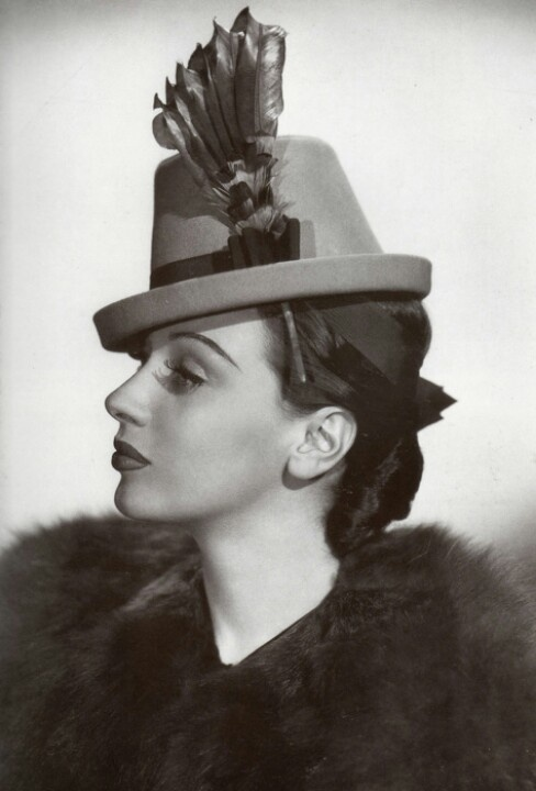 Late 30s/Early 40s Hat Fabulousness! #vintage #hat #1930s