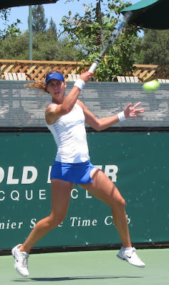 Sanchez wins third pro doubles title in three weeks