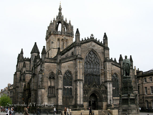 Giles Cathedral on Royal Mile Edinburgh