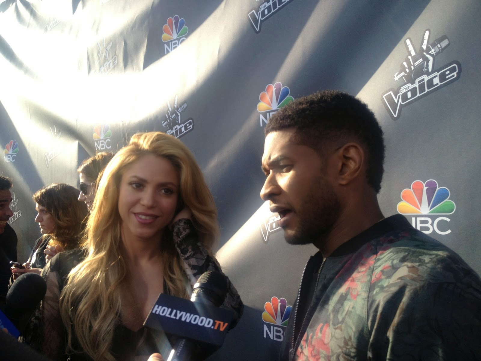 Shakira and Usher on The Voice Red Carpet