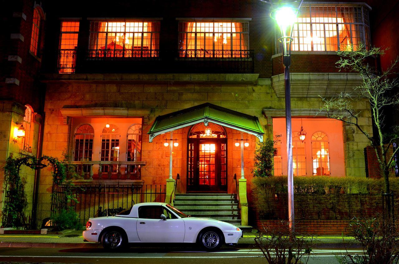 Mazda MX-5 NA Miata, roadster, kultowe samochody, tylnonapędowe, ciekawe auta, zdjęcia w nocy