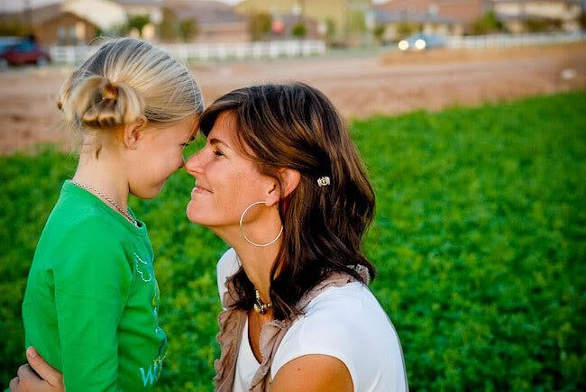 ребенок не уважает взрослых, заставить ребенка уважать и слушаться