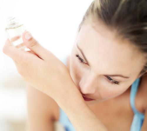 Experimentando perfume