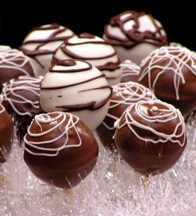 How to Make Homemade Chocolate