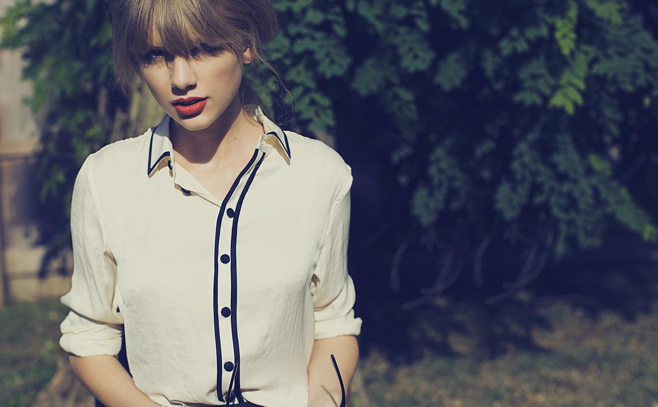 http://4.bp.blogspot.com/-3WifStqmkwU/UOXNIFBJkdI/AAAAAAAAUhk/Yg1rB2nbIRQ/s1600/I+Knew+You+Were+Trouble+%E2%80%93+Taylor+Swift.jpg
