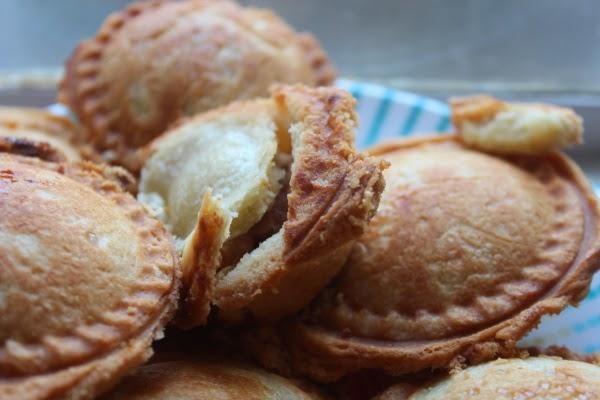 scrumdilly-do!: making apple pie and the best kitchen gadget ever
