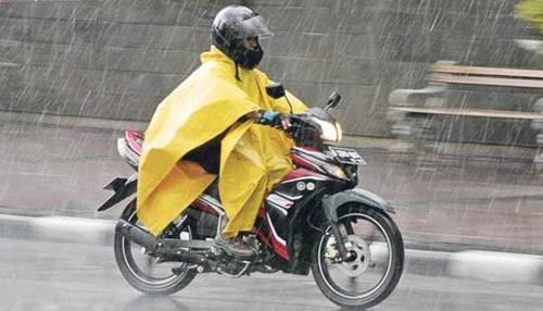 Jelang Musim Hujan, Cek Lima Komponen ini Pada Motor