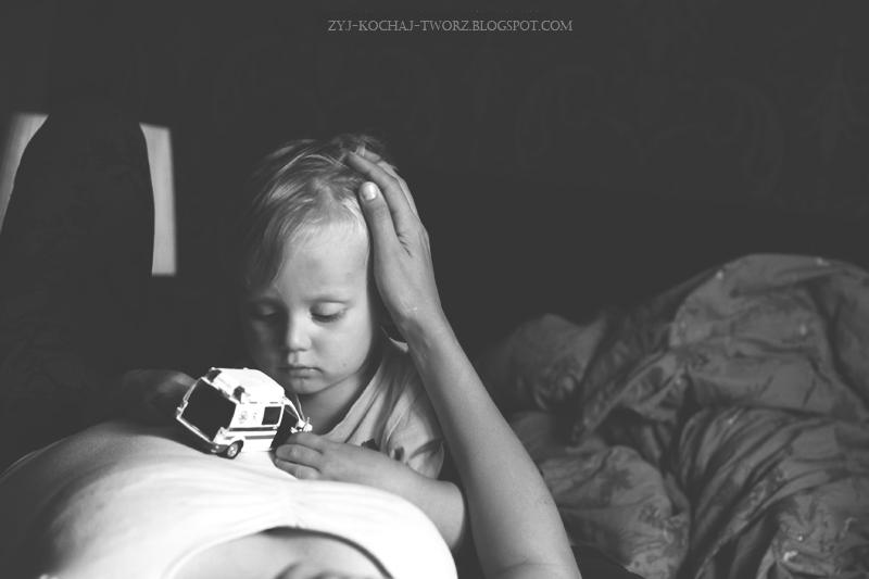 sesja ciążowa, czarno biała, zdjęcia, Poznań, fotograf