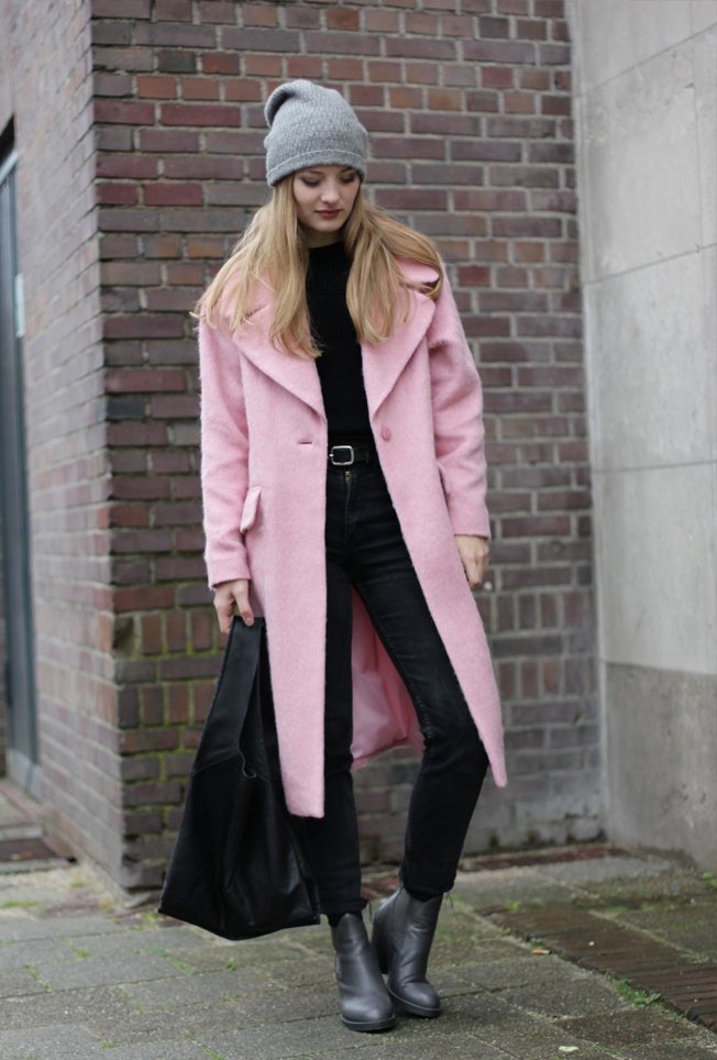 Heritage-mode | The Blog: Oversized pink fluffiness