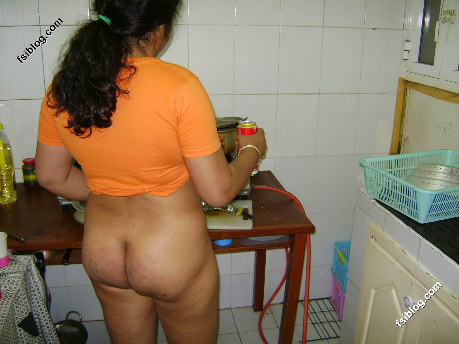 Bhabhi kitchen hot desi