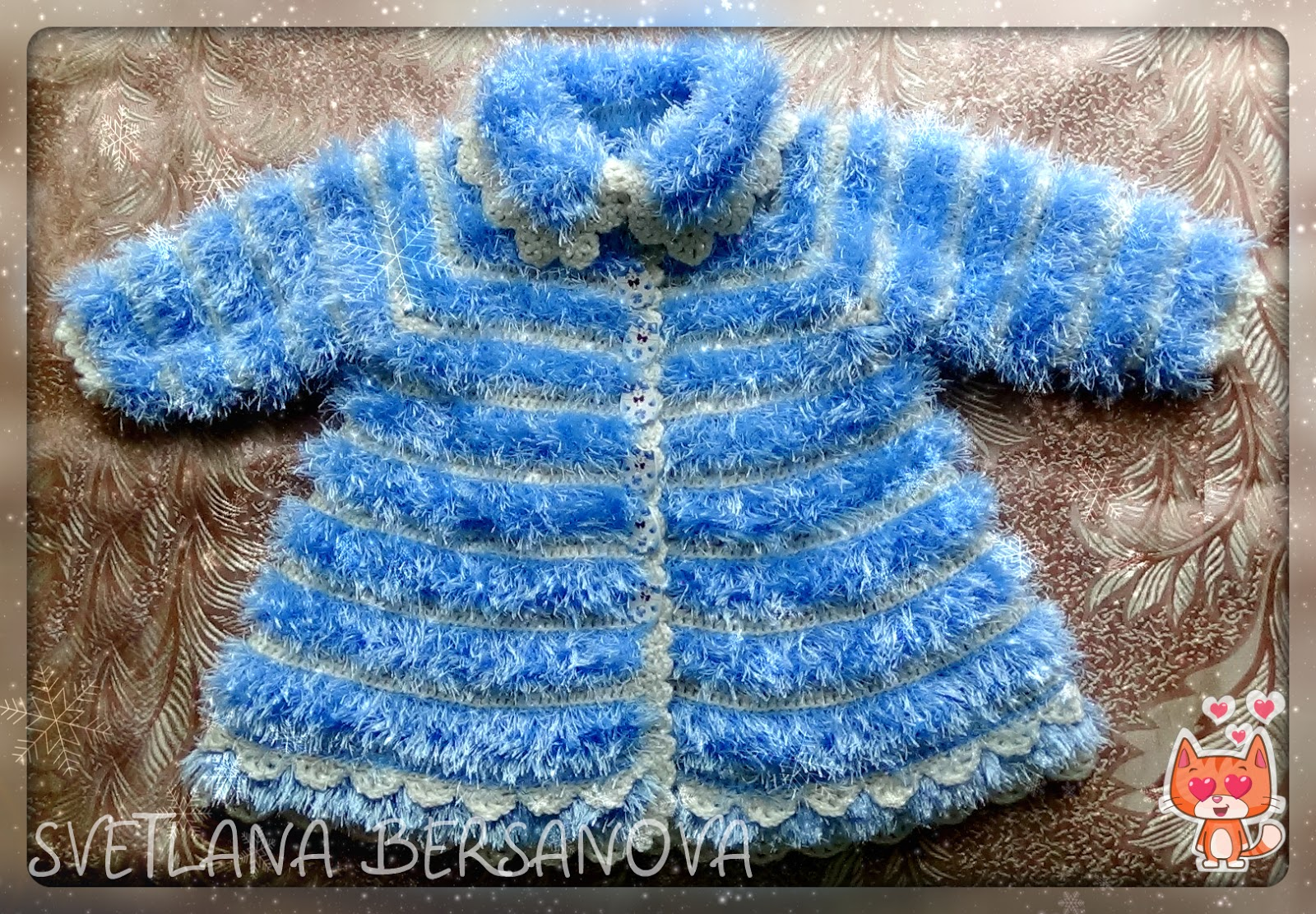 Как вязать пальто из травки спицами