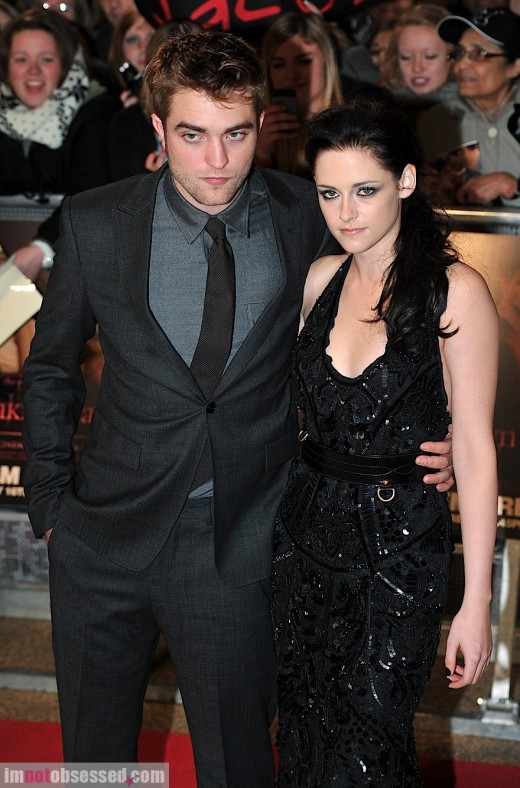 Did Kristen Stewart Start To Distance Herself From Robert Pattinson? » Gossip | Robert Pattinson | Kristen Stewart