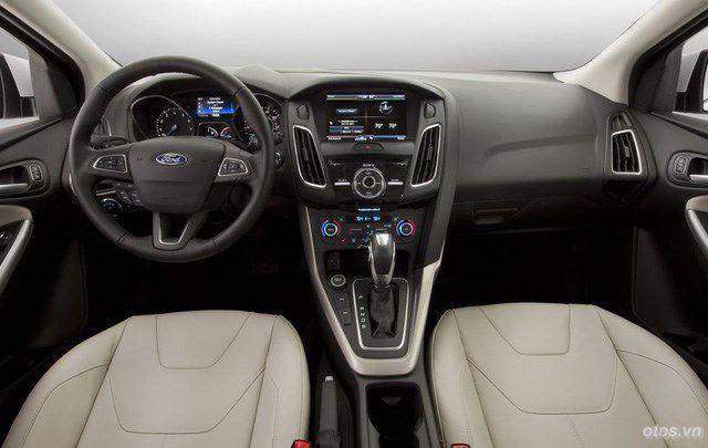 Xe Ford Focus 2015 mạnh mẽ và tiết kiệm