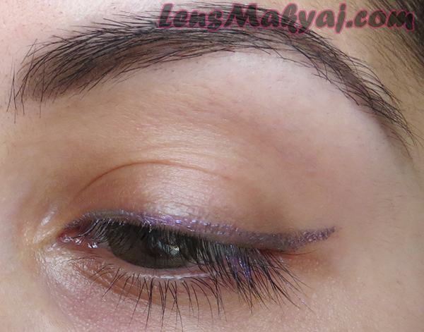Frontcover Two Tone Eyeliner